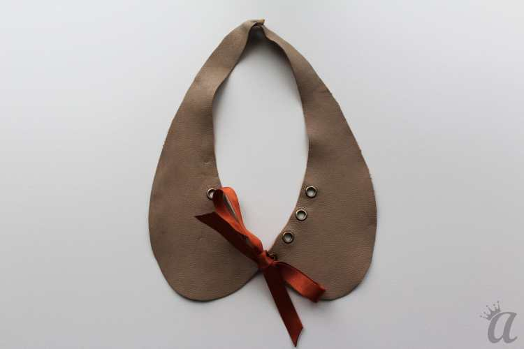 gray leather necklace with brown bow