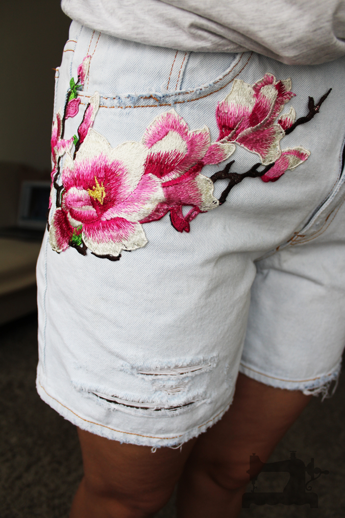 ripped-jeans-and-embroidery1