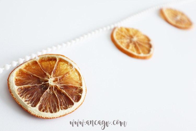 ghirlanda-cu-felii-de-portocale-uscate-2