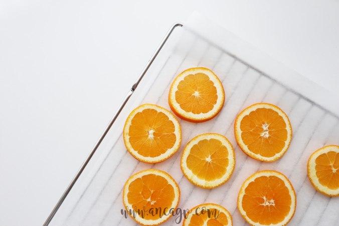 ghirlanda-cu-felii-de-portocale-uscate333